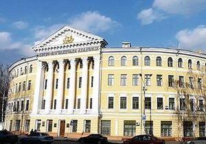 На территории Киево-Могилянской академии нашли снаряд