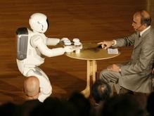 Робот компании Honda научился понимать сразу нескольких людей