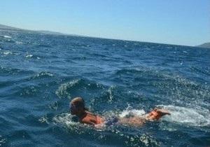 Грузинская школьница переплыла Дарданеллы со связанными руками и ногами