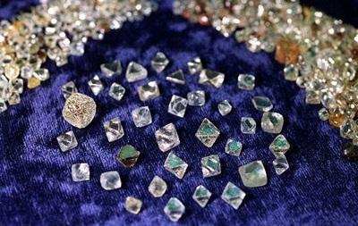 Фактбокс: Крупнейшие мировые производители алмазов