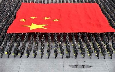 Корреспондент: Драконово войско. Пекин не жалеет средств на свою военную мощь