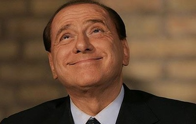 Берлускони заявил, что не собирается уезжать из Италии