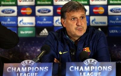 Тренер Барселоны: Мы обязаны занимать первое место