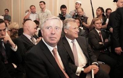 Кокс и Квасневский прибыли в больницу к Тимошенко