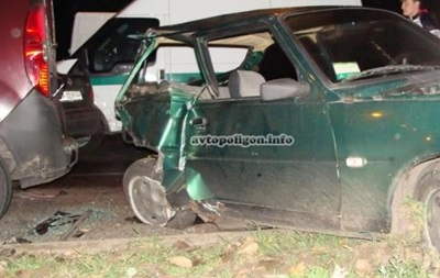 В центре Запорожья произошло ДТП с участием пяти автомобилей