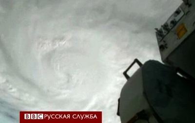Число жертв тайфуна Хайян составляет около 10 тыс. человек
