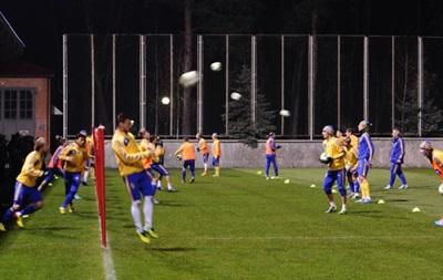 Фотогалерея: В полном составе. Как сборная Украины к Франции готовится