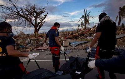 Число жертв супертайфуна Хайян превысило 2,3 тыс человек