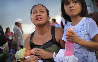 В толпу людей в столице Филиппин врезался автобус: погибли шесть человек, десятки ранены