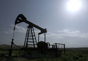 Ливийские повстанцы заявили, что стали добывать 100 тысяч баррелей нефти в день