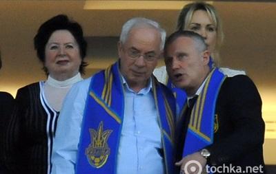 Азаров предчувствует победу сборной Украины над Францией