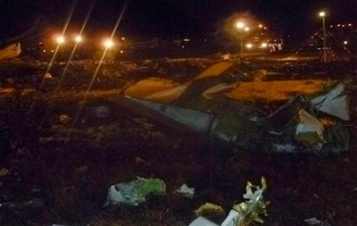 В казанском аэропорту после падения самолета отменили 53 рейса