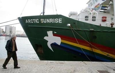 Российский суд отпустил под залог десятерых иностранцев с судна Arctic Sunrise