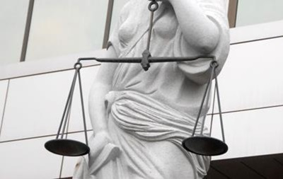 Новости Николаевской области - Врадиевка - Крашкова - изнасилование - милиционеры - прокуратура - тюрьма - Врадиевское дело: для двоих милиционеров, обвиняемых в изнасиловании Крашковой, прокуратура просит 15 лет заключения