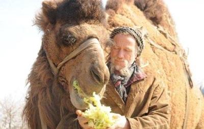 Швейцарец добрался до Грузии на верблюде