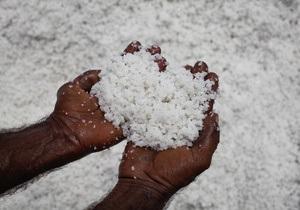 Медики призывают ООН ограничить потребление соли в мире