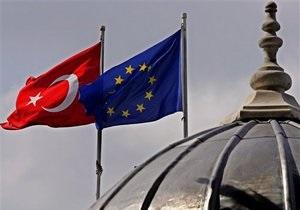 Украина и Турция начали переговоры по введению безвизового режима