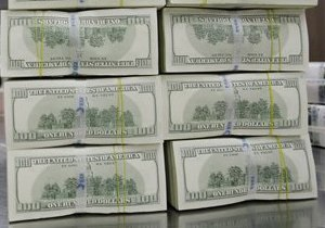 Доллар на межбанке стабильно держится у отметки 8,14 грн