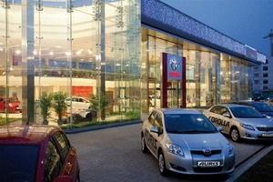 Новогодние цены и ПОДАРКИ в Тойота Центр Киев «Автосамит»!