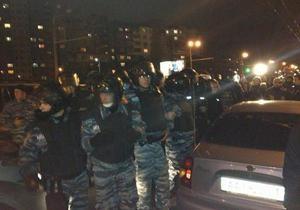 Милиция усилила охрану общественного порядка возле округа №215 в Киеве