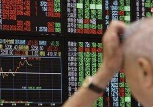 Мировые рынки выросли на ослаблении привязки юаня