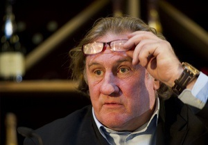 Актер Жерар Депардье - Депардье не вернется во Францию