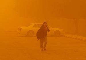 На запад Ирана обрушилась сильная песчаная буря