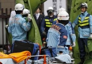В Японии спасли мужчину, который провел под завалами около восьми суток