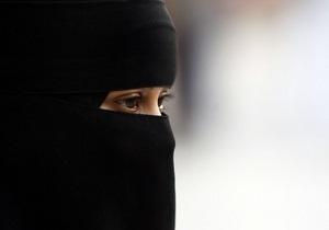 В Саудовской Аравии запретят женщинам демонстрировать на публике красивые глаза