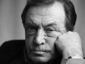 Умер писатель Василий Аксенов