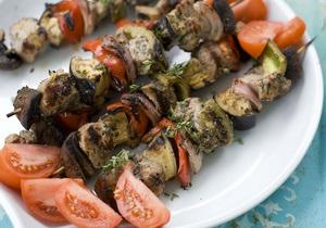 Эксперты подсчитали, сколько шашлыка украинцы съели за майские праздники