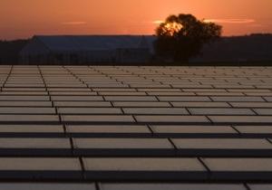 Мировые инвестиции в альтернативную энергетику во втором квартале достигли $60 млрд - E&Y