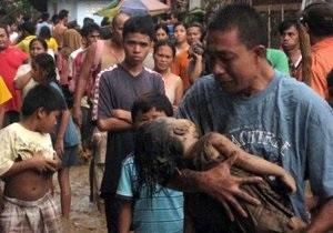 Тайфун на Филиппинах: погибли более 900 человек