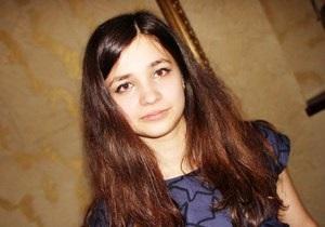 В Киеве девушка прыгнула с Моста влюбленных: новые подробности