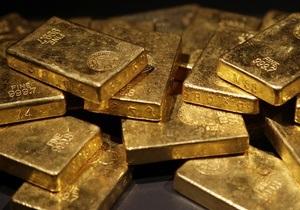 Мировые цены на золото приблизились к историческому максимуму