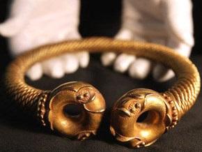 Сенсационная находка: британец обнаружил в поле артефакт возрастом более двух тысяч лет