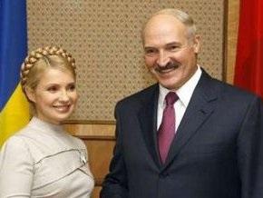 Лукашенко о Тимошенко: Она одна среди мужиков воюет