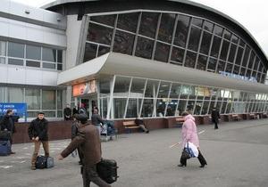 Столичные власти с помощью Азарова хотят получить контроль над пассажирским сообщением Киев - Борисполь