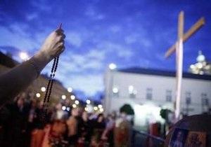 В Варшаве прошла новая демонстрация противников переноса креста, установленного после авиакатастрофы под Смоленском