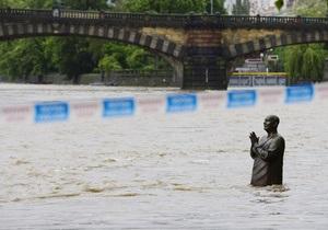 В Чехии число жертв сильнейшего наводнения возросло до пяти человек