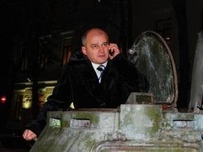 Харьковский бизнесмен приехал в банк  платить по кредиту на БРДМ