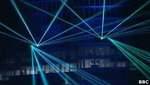 Самый высокий небоскреб Лондона открыли лазерным шоу