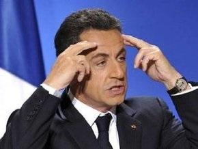 Саркози получил третье письмо с угрозами и двумя патронами