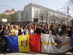 В столице Молдовы проходит митинг против фальсификации результатов выборов