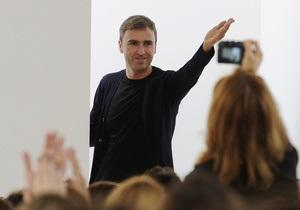 Стало известно, кто займет место Гальяно в Dior