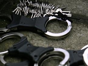 В Киеве задержали мужчину с поддельным удостоверением советника Турчинова