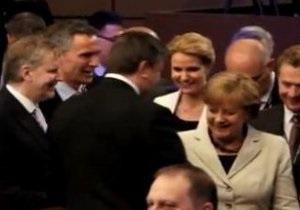 В Администрации Президента утверждают, что Меркель не игнорировала Януковича
