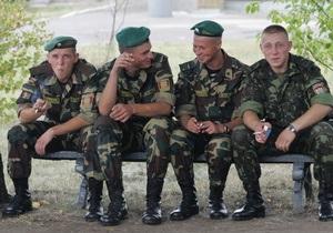 НГ: Украина создает профессиональную армию