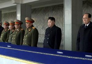 Западные СМИ: Правящую верхушку КНДР изучают с помощью методов кремленологии