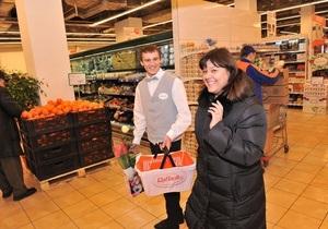 Компания Ferrero вместе с супермаркетом  Сільпо  провели акцию в канун 8 марта